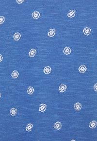 Marks & Spencer London - SLUB V TEE - T-shirts print - blue - 2