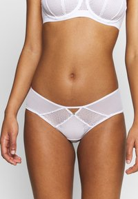 Chantelle - MOTIF SHORTY - Briefs - weiß - 0