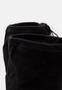 Miss Selfridge - Kozačky nad kolena - black - 5
