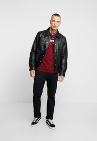 Levi's® Extra - T-shirt med print - cabernet - 1