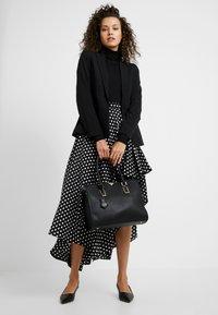 LYDC London - Handbag - black - 1