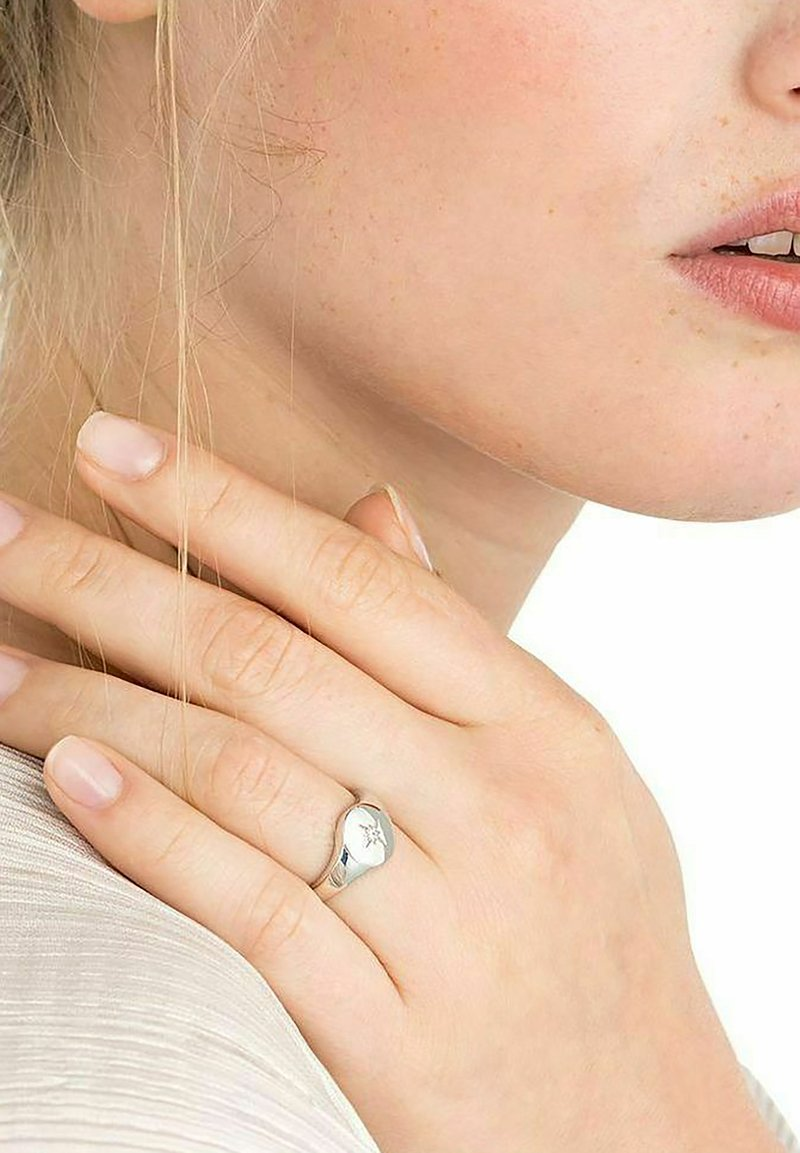 NOELANI - STARS&MOON - Ring - silber