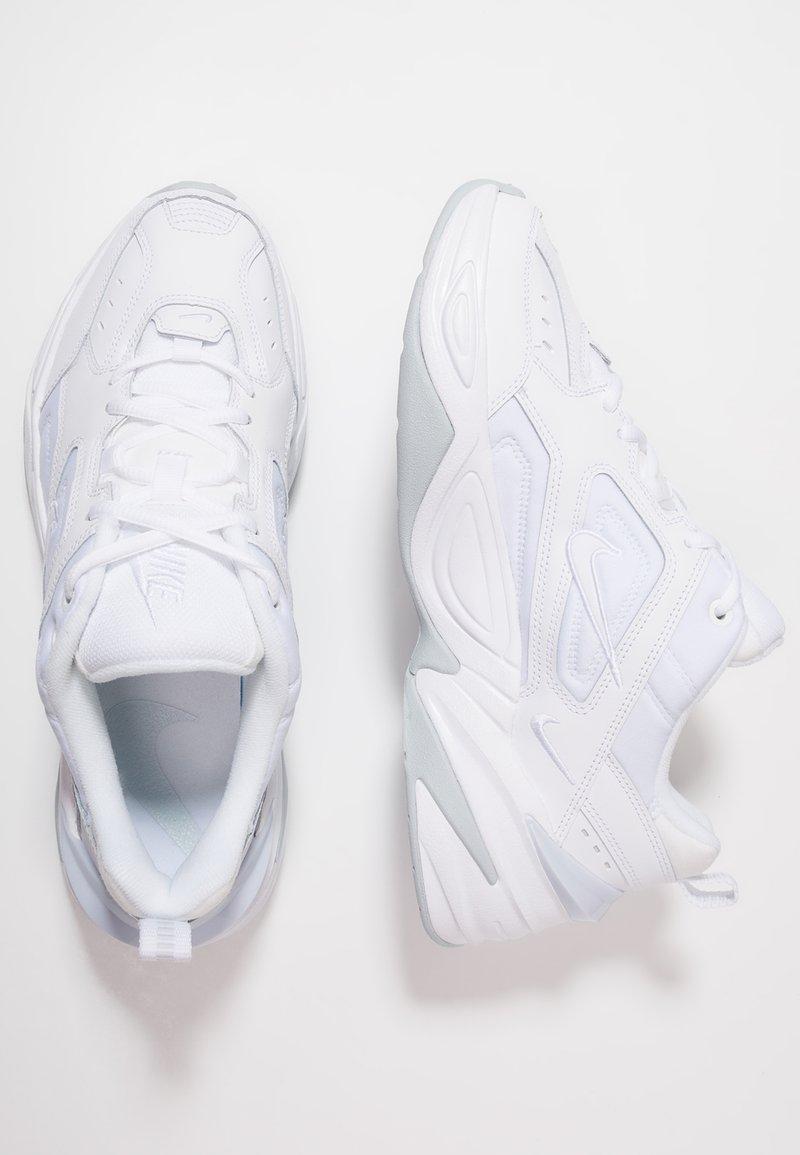 Opiáceo De Dios Mansión  Nike Sportswear M2K TEKNO - Trainers - white/pure platinum/white -  Zalando.ie