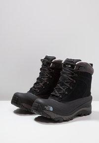 The North Face - CHILKAT III - Winter boots - black/dark gull grey - 2