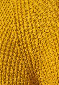 edc by Esprit - WAFFLE - Strikkegenser - brass yellow - 2