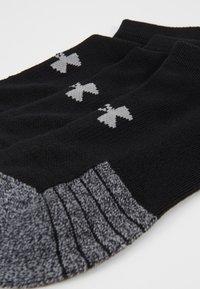 Under Armour - HEATGEAR 3 PACK - Trainer socks - black/steel - 2
