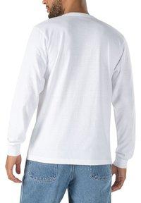 Vans - MN VANS X CHRIS JOHANSON WAVE LS - Print T-shirt - vintage white - 1