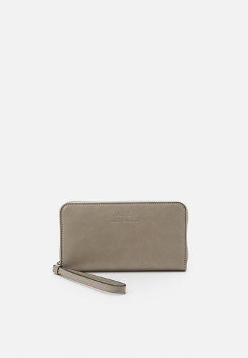 WALLET - Peněženka - grey