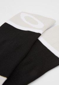 Oakley - SOCKS - Sportsocken - black - 2