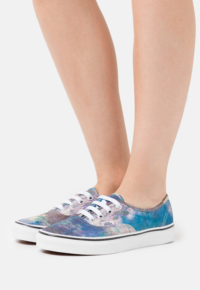 Vans - AUTHENTIC CLAUDE MONET - Sneakersy niskie - blue