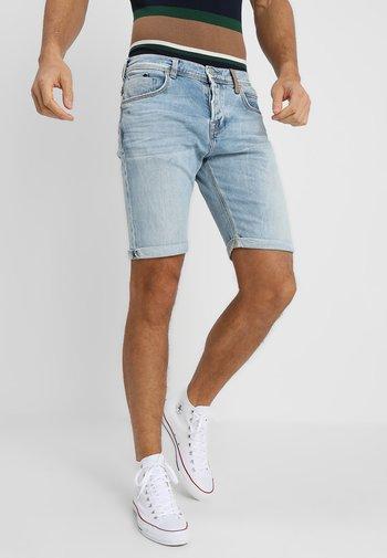 CORVIN - Denim shorts - jose wash