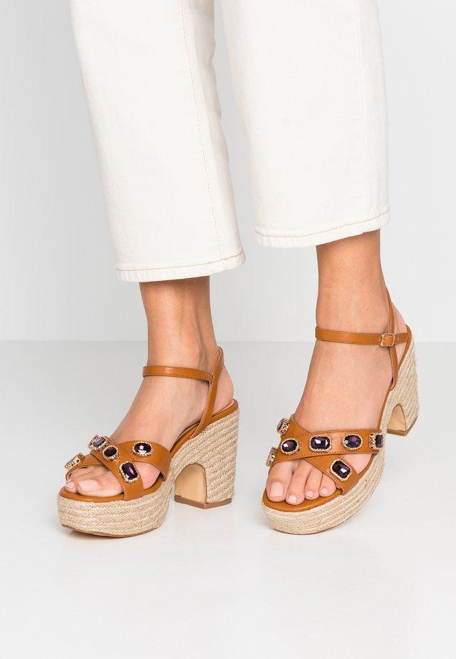 High Heel Sandalette - tan