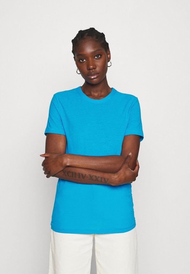 Jednoduché triko - strong blue