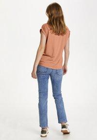 Saint Tropez - Basic T-shirt - terra cotta - 2