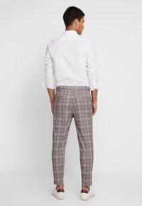 Cotton On - OXFORD - Pantaloni - grey prince - 2