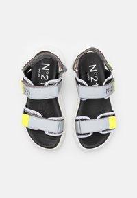 N°21 - Sandals - grey - 3