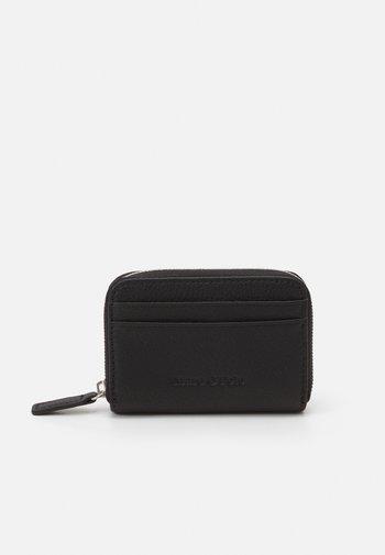 FREYA - Wallet - black