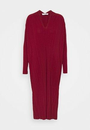 TUBO - Jersey dress - peony pink