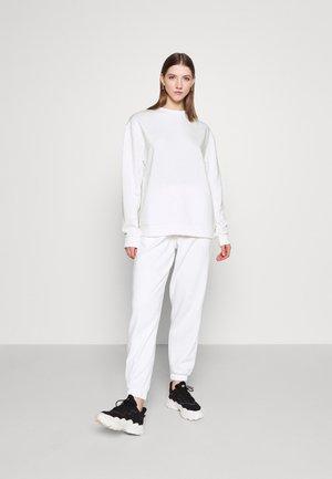 SET - Sweatshirt - white