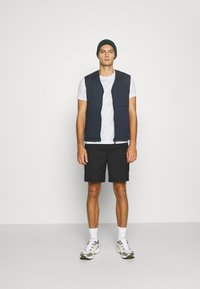 Calvin Klein Jeans - TEE 3 PACK  - T-shirt basic - black/ grey / bright white - 1
