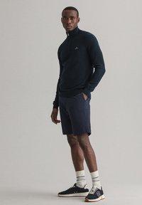 GANT - Stickad tröja - evening blue - 0