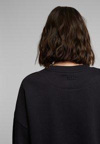 edc by Esprit - Sweatshirt - black - 3
