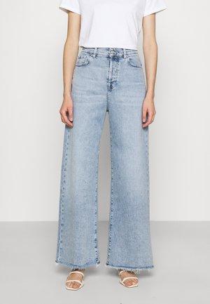 ZOEY LOOKER - Jeans a zampa - light blue