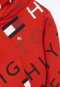 Tommy Hilfiger - SPORTS PRINTED LOGO HOODIE - Hoodie - red - 3