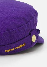 Mini Rodini - SKIPPER HAT UNISEX - Huer - purple - 3