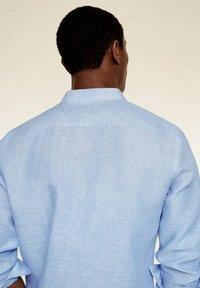 Mango - SLIM FIT  - Shirt - hemelsblauw - 5