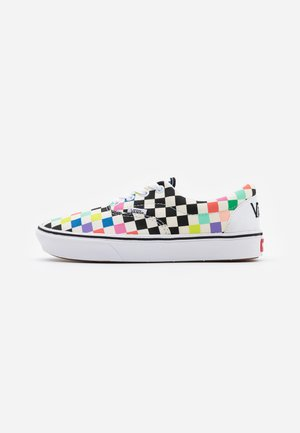 Vans x COMFYCUSH ERA UNISEX - Sneakersy niskie - white/multicolor