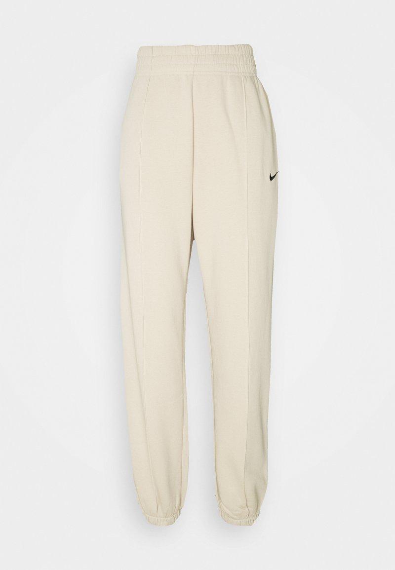 Nike Sportswear - PANT TREND - Pantalon de survêtement - oatmeal