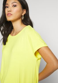 s.Oliver - KURZARM - Basic T-shirt - yellow - 3