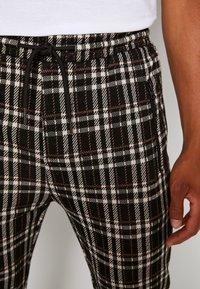 Denim Project - PANTS CROPPED - Trousers - black - 3