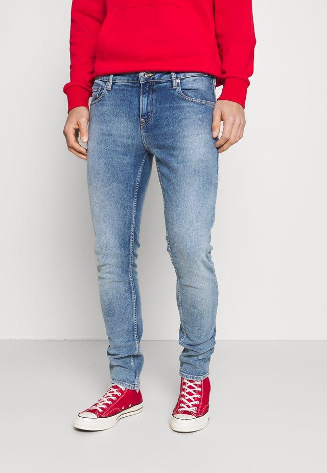SKIM - Jeans slim fit - waterflow