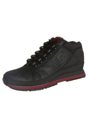 Joggesko - black/red