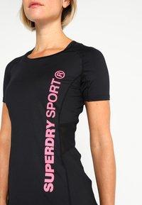 Superdry - T-shirt sportiva - black - 5