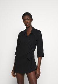 Seafolly - BEACH EDIT COASTAL WRAP DRESS - Doplňky na pláž - black - 0