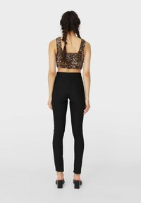 Stradivarius - Leggings - Trousers - black - 2