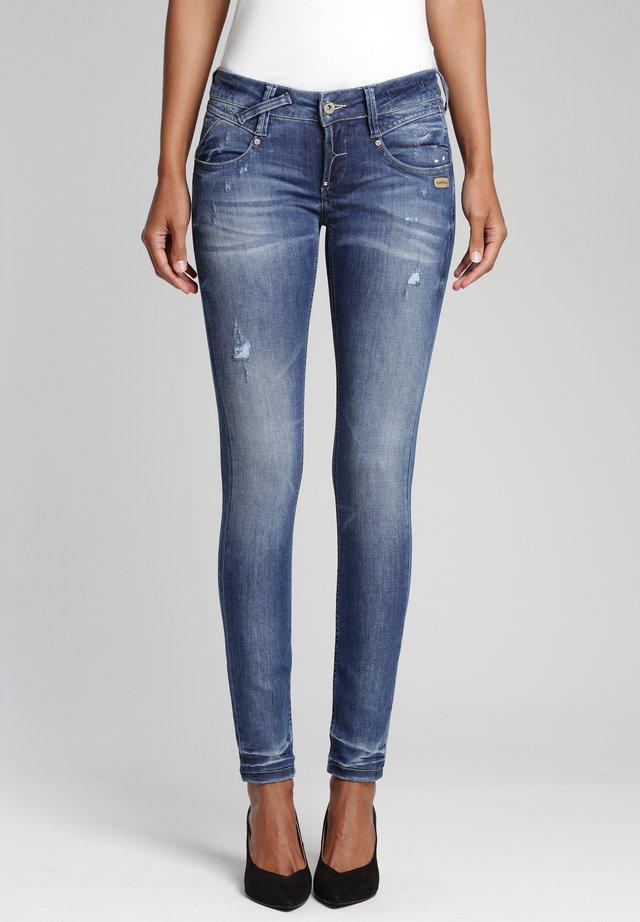 SKINNY FIT  - Jeans Skinny Fit - behavior wash