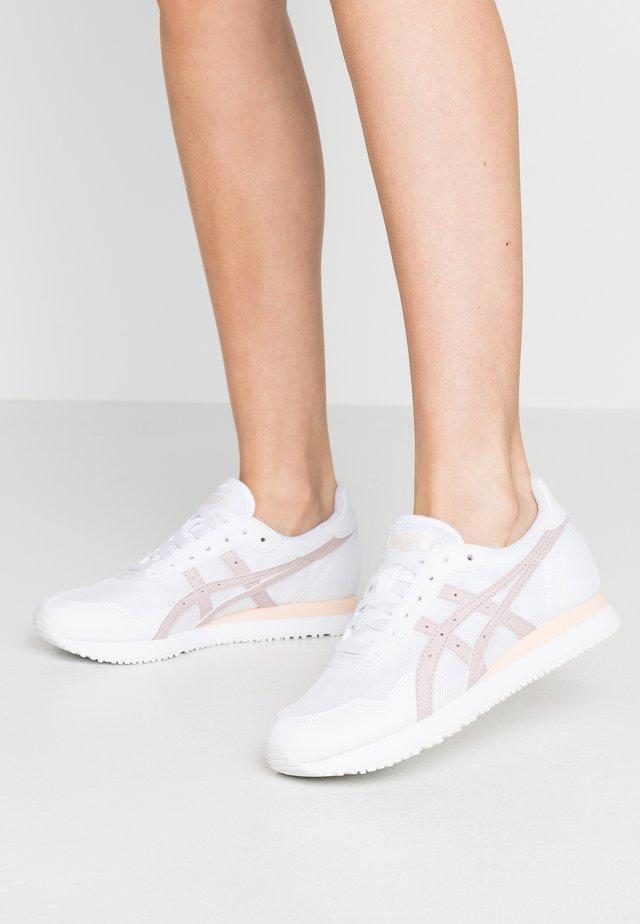 TIGER RUNNER - Sneaker low - white/watershed rose