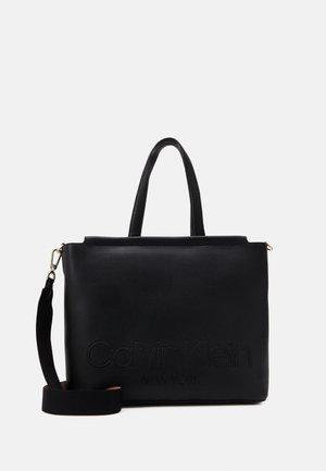 SHOPPER - Tote bag - black