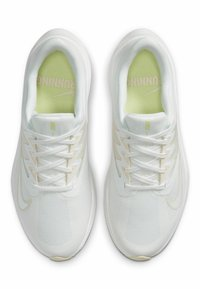 Nike Performance - QUEST 3 - Neutral running shoes - summit white/barely volt/guava ice - 1