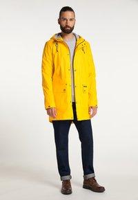 Schmuddelwedda - Waterproof jacket - mustard yellow - 1