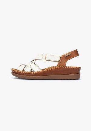 CADAQUES WK - Wedge sandals - white