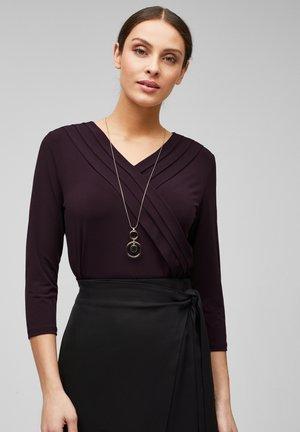 MIT CACHE-COEUR-AUSSCHNITT - Long sleeved top - dark plum