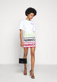 Fiorucci - LOGO SKIRT - Pencil skirt - white - 1