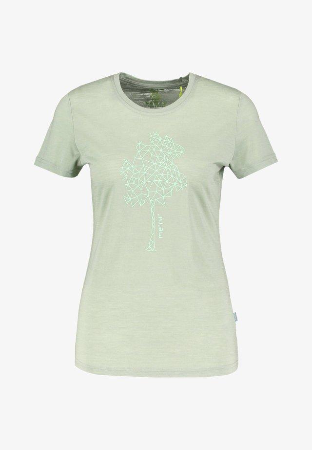 NARVIK - Print T-shirt - hellgrün (408)