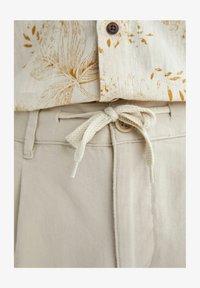 DeFacto - Pantalon classique - beige - 5