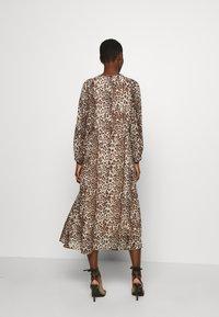 InWear - Robe chemise - natural - 2